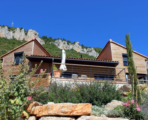 maison ossature bois bioclimative passive basse consommation piscine bardage millau